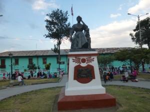 Cajamarca, Denkmal Amalia Puga de Lozada; Foto: Wolfgang Schmale, 26.8.2015