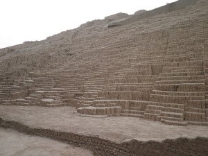 Lima, Huaca Pucllana; Foto: Wolfgang Schmale, 23.8. 2014