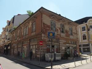 Sofia, Straßenecke, gegenüber dem Gebäude der Sozialistischen Partei Bulgariens. Foto: Wolfgang Schmale