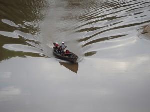 Amazonas Regenwald auf dem Río Momón