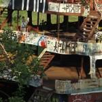 Iquitos Schiffswrack an der Promenade