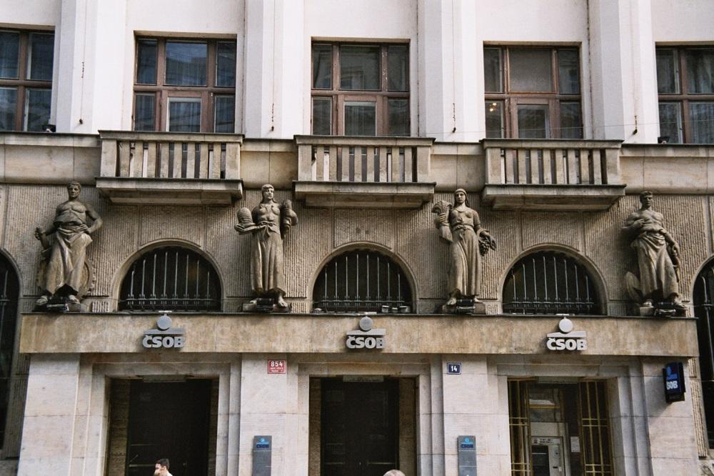 Gender Stereotype an einer Hausfassade in Prag, Anfang 20. Jahrhundert; Foto: Wolfgang Schmale