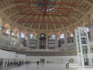 Nationalmuseum, Großer Veranstaltungssaal mit Orgel; Foto: Wolfgang Schmale
