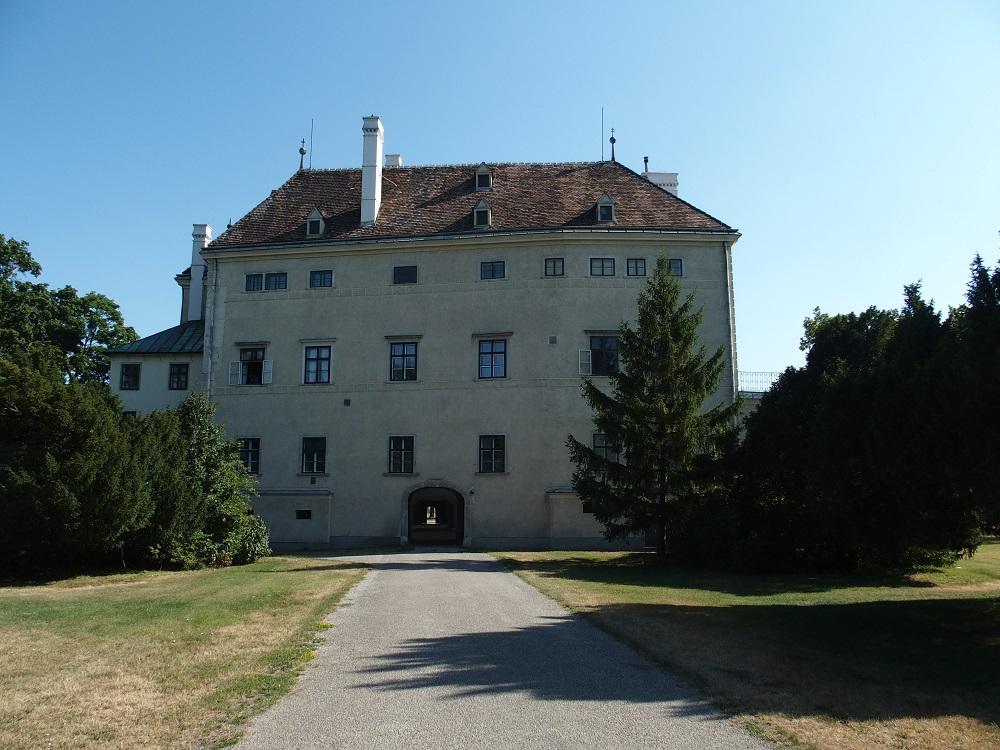 "Schlosspark Laxenburg, sog. ""Altes Schloss""; Foto: Wolfgang Schmale"