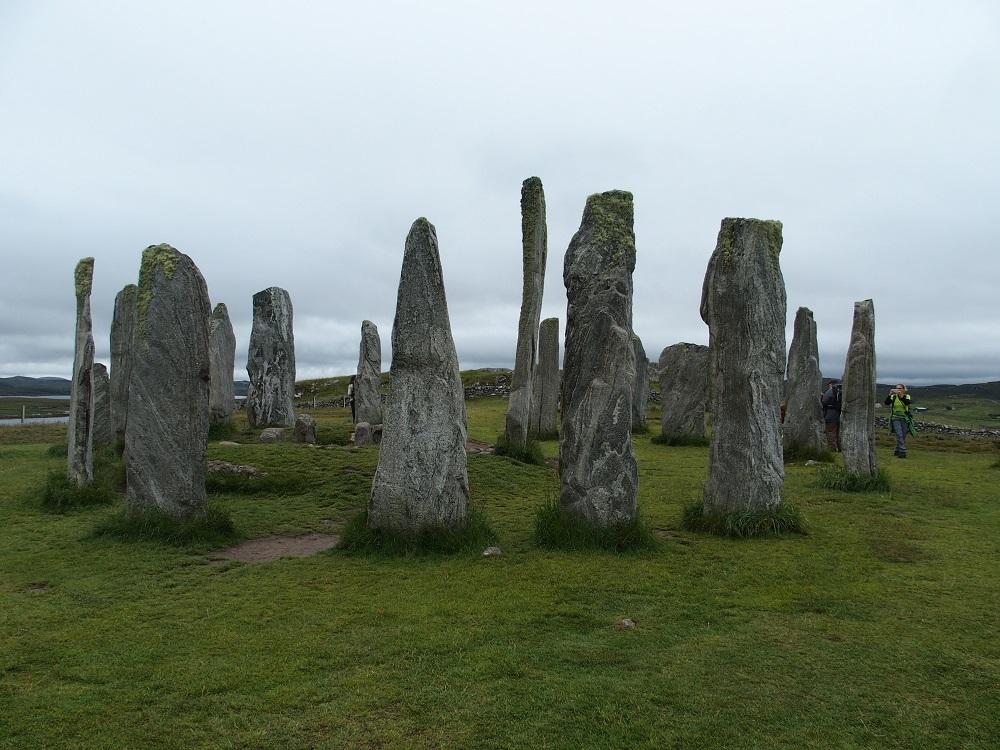 Auf Lewis gibt es bei Callanish mehrere Steinkreise - es muss nicht immer Stonehenge sein...